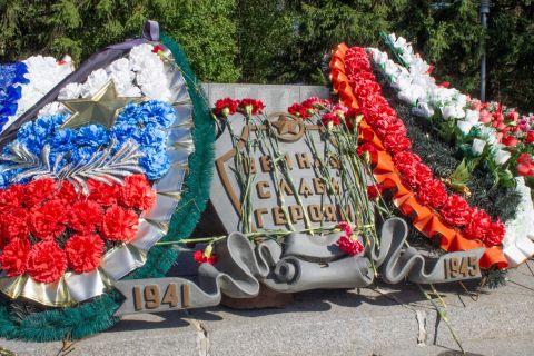 Памятник героям Советского союза